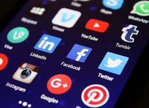 5 Ways Facebook Live Changes Social Media Marketing