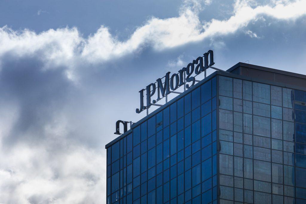 JPMorgan social media crisis.